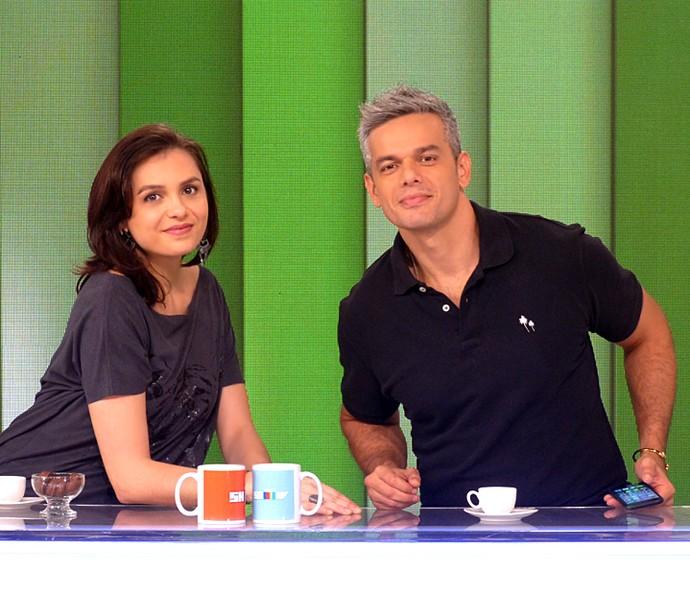 Monica e Otaviano apresentam o Vídeo Show (Foto: Cristina Cople / Gshow)