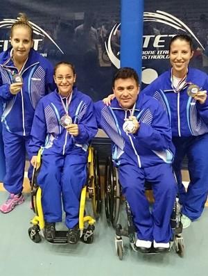 Danielle Rauen, Joyce Oliveira, Iranildo Espíndola e Jennyfer Parinos (Foto: Divulgação/CBTM)