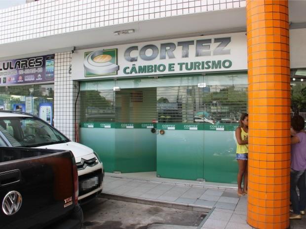 Assalto ocorreu na manhã deste sábado (2) (Foto: Luis Henrique Oliveira/G1 AM)