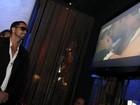 Latino fala sobre beijo em ex-BBB Laisa durante clipe musical