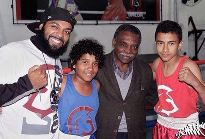 SERVÍLIO DE OLIVEIRA boxe (Foto: Arquivo Pessoal)