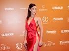 Adriana Birolli aposta em vestido matador em evento em São Paulo