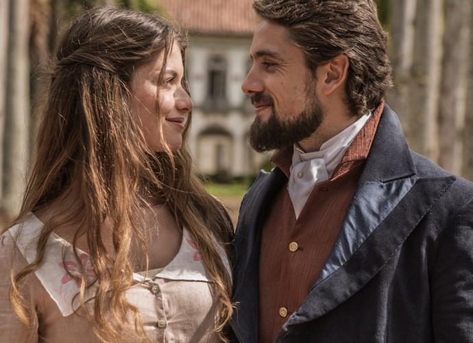 Alinne e Rafael esbanjam sintonia (Foto: Fábio Rocha/Gshow)