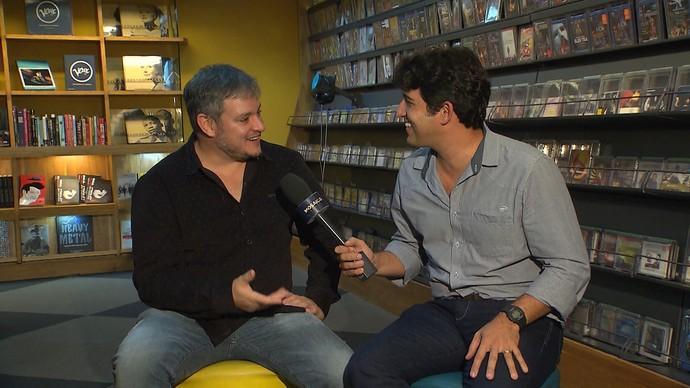 Manno Góes e Alessandro Timbó falam sobre erros ao cantar músicas (Foto: TV Bahia)