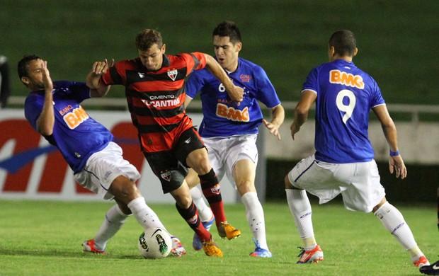 Cruzeiro x Atlético-GO (Foto: Célio Messias / Ag. Estado)