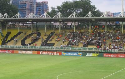 Fluminense x Friburguense em volta redonda (Foto: Fred Huber)