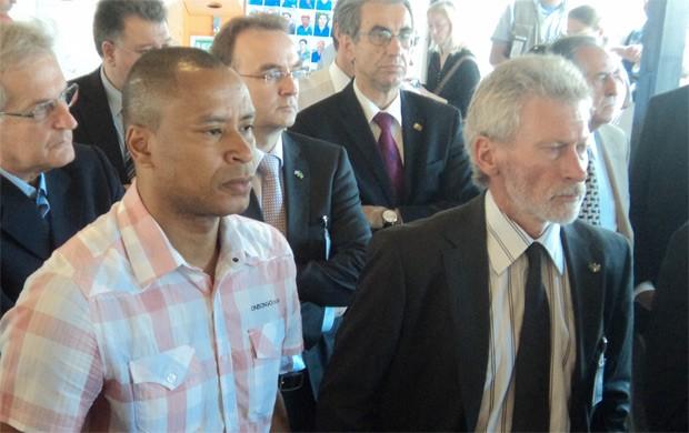 Paul Breitner ao lado do ex-atacante brasileiro Paulo Sérgio (Foto: Felipe Diniz)