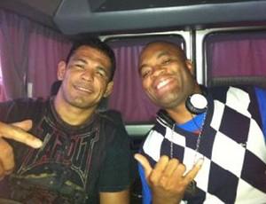Minotauro e Anderson Silva (Foto: Divulgação/Twitter)