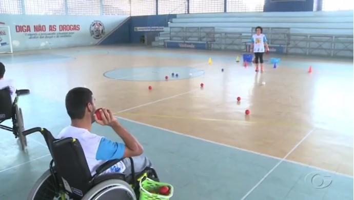 Bocha adaptada em Junqueiro (Foto: Reprodução/TV Gazeta)
