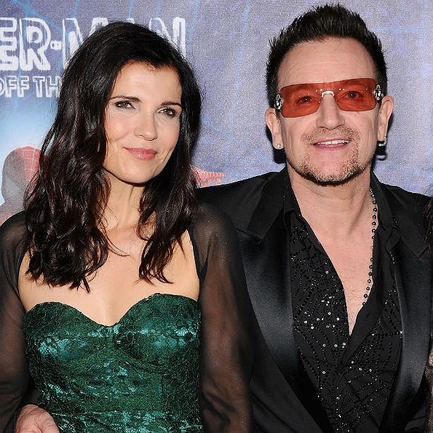 Ali Hewson é casada com o líder do U2, Bono Vox, desde agosto de 1982. O namoro deles começou em 1975, quando eram adolescentes. (Foto: Getty Images)