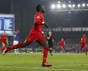 Liverpool bate Everton com gol nos acréscimos e mantém vice-liderança