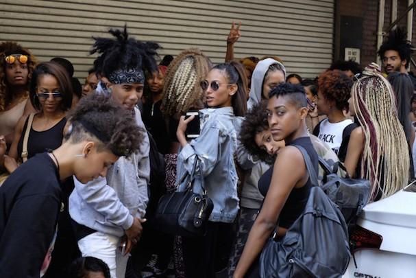 Fila para casting do desfile de Kanye West (Foto: Reprodução)