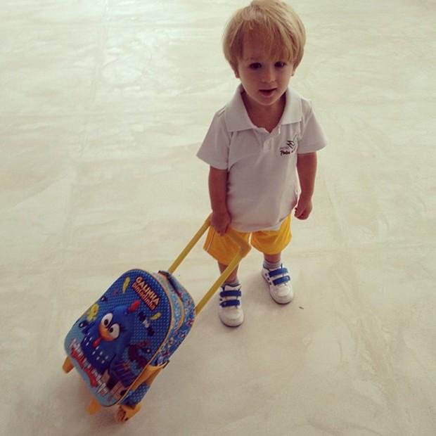 Guy, filho de Danielle Winits, no primeiro dia de escola (Foto: Instagram / Reprodução)