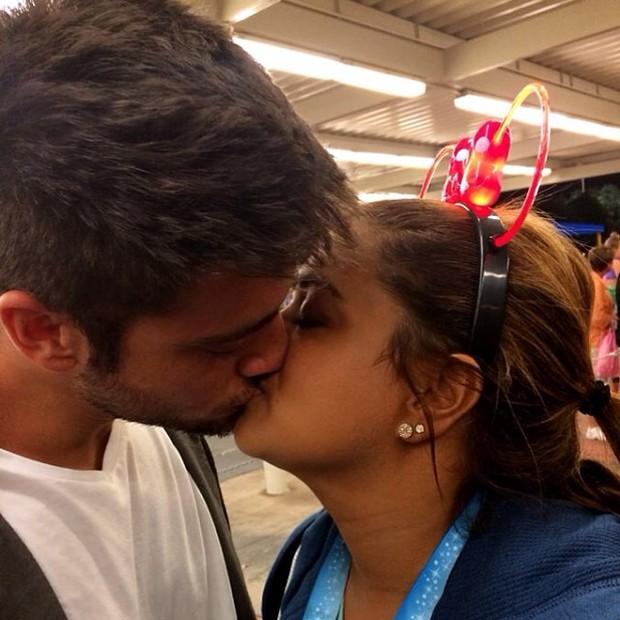 Preta Gil com o namorado (Foto: Reprodução/Instagram)