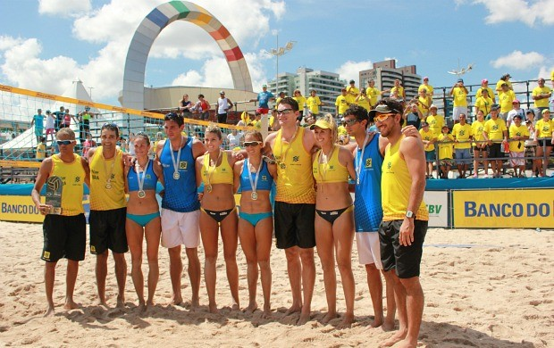 Brasil Argentina desafio vôlei de praia Manaus (Foto: Isabella Pina)