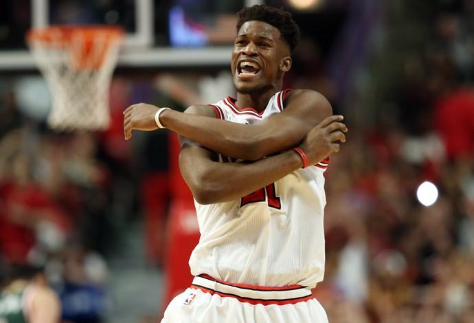 Jimmy Butler Chicago Bulls x  Milwaukee Bucks playoffs nba jogo 1 (Foto: Reuters)