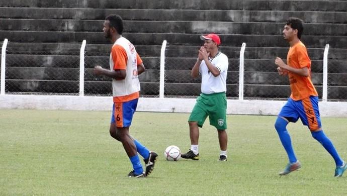Guaraí treina no estádio Delfinão (Foto: Divulgação/TV Lobão)