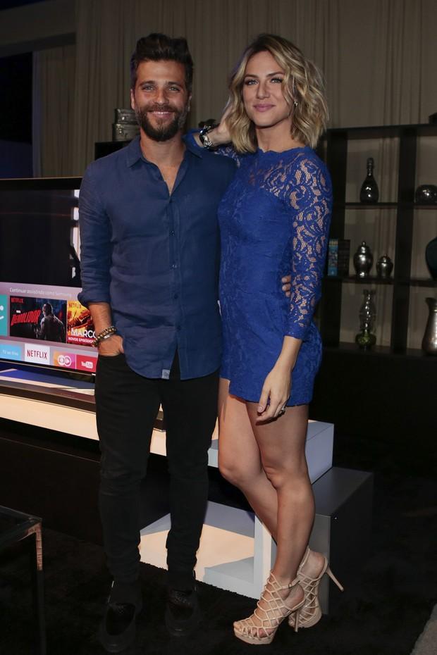 Bruno Gagliasso e Giovanna Ewbanck (Foto: Rafael Cusato/Brazil News)