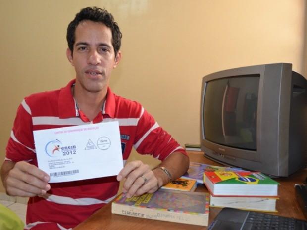 Pietro vai fazer o Enem para não jubilar na universidade (Foto: Flávio Godoi/G1)