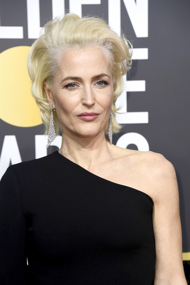 BEVERLY HILLS, CA - JANUARY 07:  Gillian Anderson attends The 75th Annual Golden Globe Awards at The Beverly Hilton Hotel on January 7, 2018 in Beverly Hills, California.  (Photo by Frazer Harrison/Getty Images) (Foto: Getty Images)