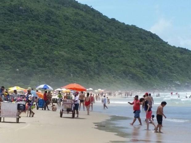 Praia dos Ingleses (Foto: Luiz Roberto Francisconi/SOL )
