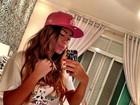 De pijama, irmã de Neymar posta foto antes de ir dormir