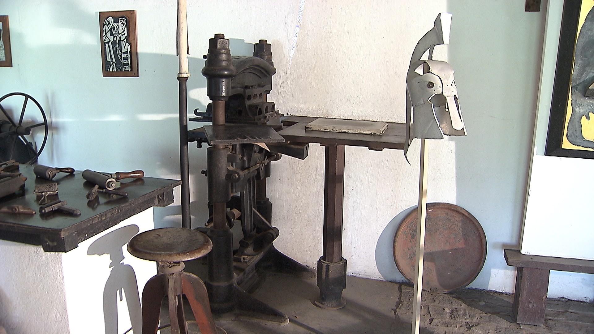 Máquinas de xilogravura trazidas da Alemanha auxiliavam o trabalho de Hansen (Foto: Divulgação)