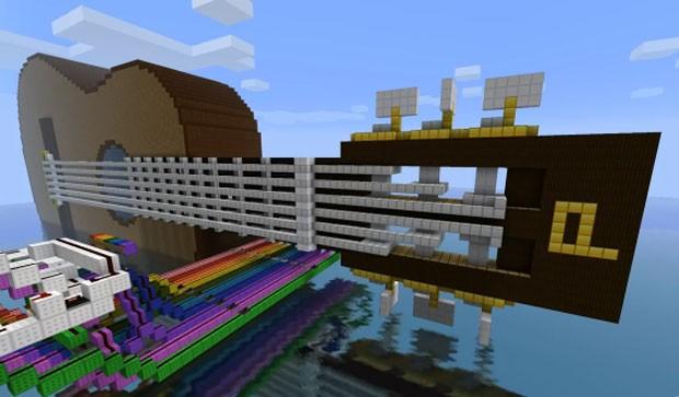 No 'Minecraft', usuário criou uma guitarra elétrica funcional dentro do game (Foto: Reprodução)