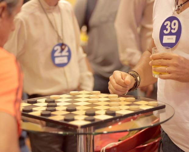 Candidatos fazem atividades lúdicas (Foto: Gshow)