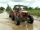 Chuvas causam bloqueio de estradas e afetam moradores em SP, PR e MS