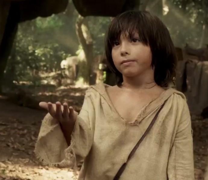 Para completar o time, o pequeno Gabriel Palhares, que interpreta o moleque Caju (Foto: TV Globo)