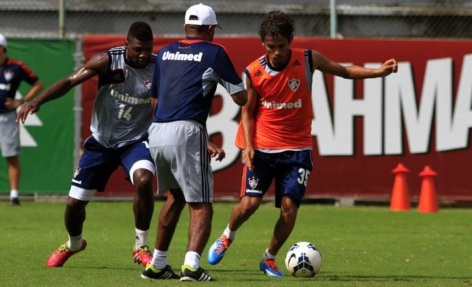Elivelton fluminense (Foto: Nelson Perez/Fluminense F.C.)