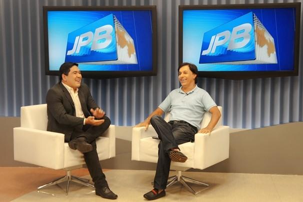 Tom Cavalcante no JPB 1ª Edição (Foto: Alysson Bernardo/TV Cabo Branco)