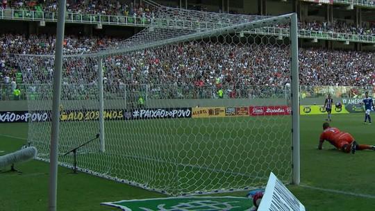 """""""Vilão"""" da rodada, Juninho fica feliz com defesa e diz ser difícil parar Fred"""