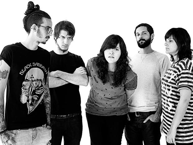 A banda potiguar se apresenta no Lollapalooza Brasil 2015, no domingo, dia 29 de março, no Palco Onix   (Foto: Divulgação)