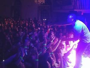 O músico durante show em Newark, em Nova Jérsei, nos Estados Unidos, em 2014 (Foto: Arquivo pessoal)