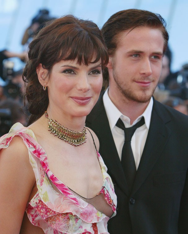 Sandra Bullock e Ryan Gosling em 2002 (Foto: Getty Images)