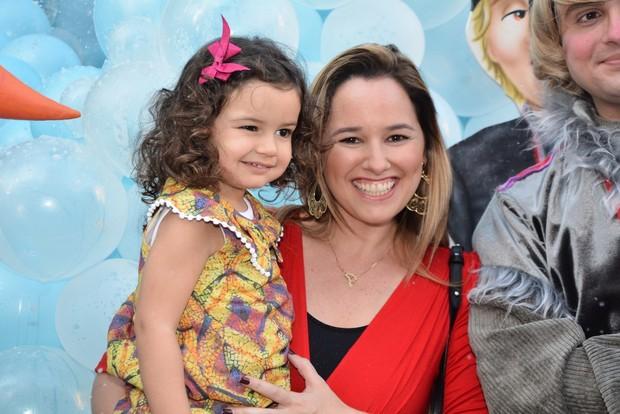 Aniversário Rafinha Justus - Mariana Belém e a filha (Foto: Leo Franco e Caio Duran/ Ag. News)