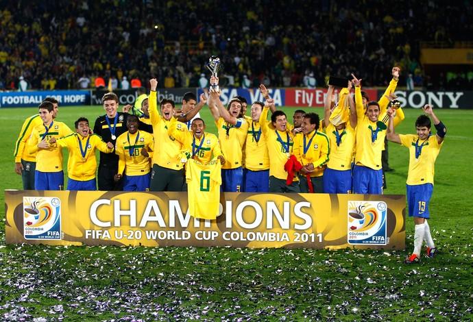 Brasil campeão sub-20 2011 (Foto: AP)