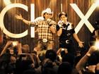 Chitãozinho e Xororó buscam som 'moderno' em DVD feito em 'balada'