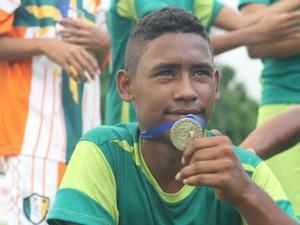 Rodrigo foi atingido por cinco tiros (Foto: O Pequeno Nazareno/Divulgação)