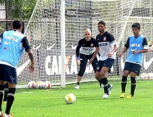 Zizao no treino do Corinthians (Foto: Diego Ribeiro / Globoesporte.com)