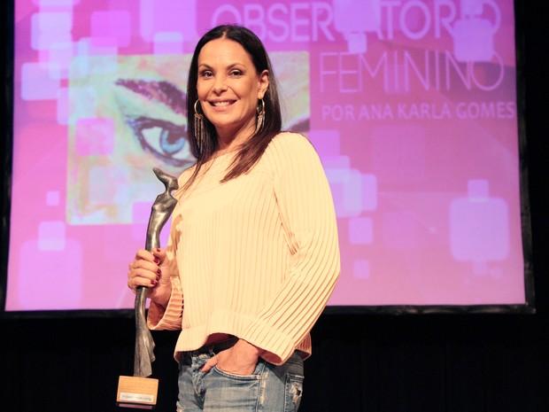 Carolina Ferraz em premiação no Recife, em Pernambuco (Foto: Marcelo Ferreira/ Divulgação)