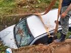 Chuva deixa famílias desabrigadas e desalojadas em Lavras, MG