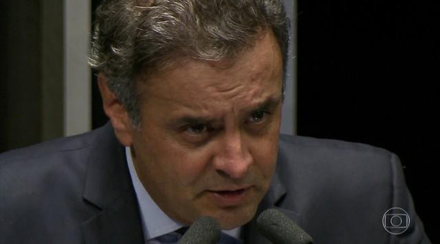 Aécio Neves presta depoimento sobre suposta propina na Usina de Santo Antônio