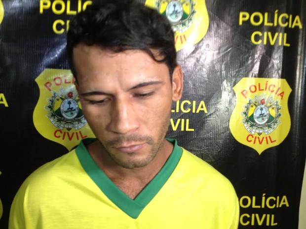 Ideildo Silva Nascimento, de 27 anos, foi preso na sexta-feira (15) (Foto: Iryá Rodrigues/G1)
