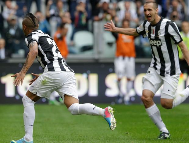 Vidal e Chiellini gol Juventus (Foto: AP)