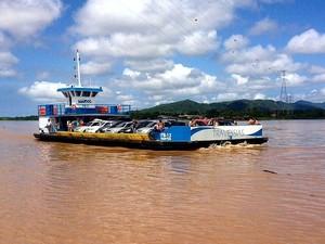 Balsa FB-13 foi reformada e retornou para a travessia Iguape/Jureia (Foto: Divulgação/Dersa)
