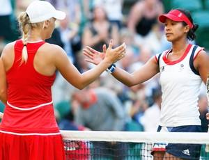 Tênis Anne Keothavong e Caroline Wozniacki (Foto: Agência Reuters)