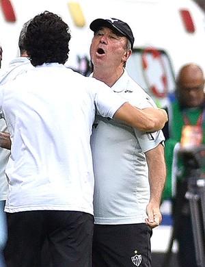 Levir Culpi Cruzeiro X Atlético-mg (Foto: Douglas Magno)